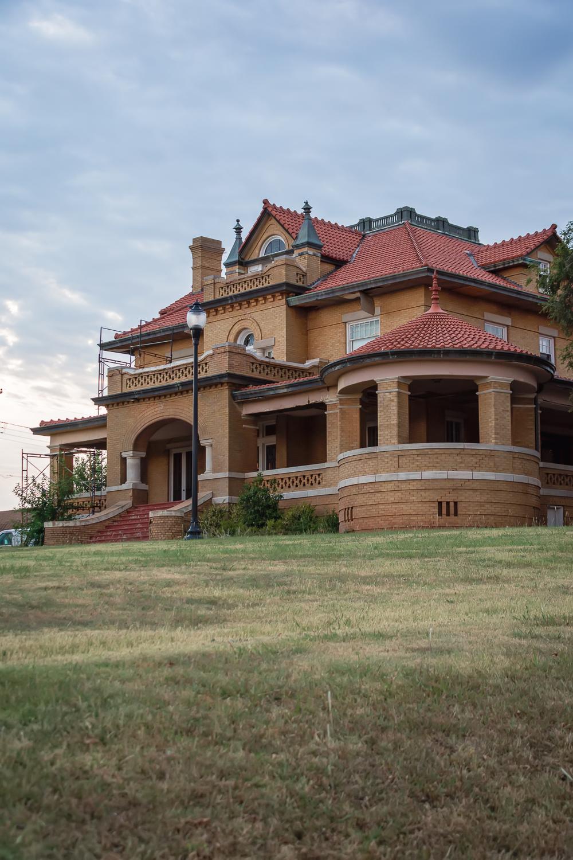 Historical Home, Alva, Oklahoma © Nicole Bradshaw Photography 2017