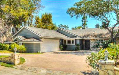 $1,150,000 - 412 W. Elm Avenue