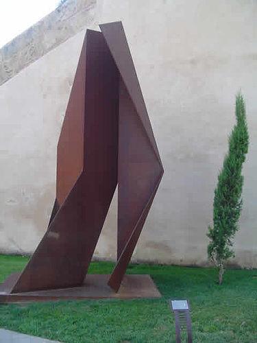 Friar Junípero Serra, 2003  36 x 17 x 13 inches Steel Sculpture