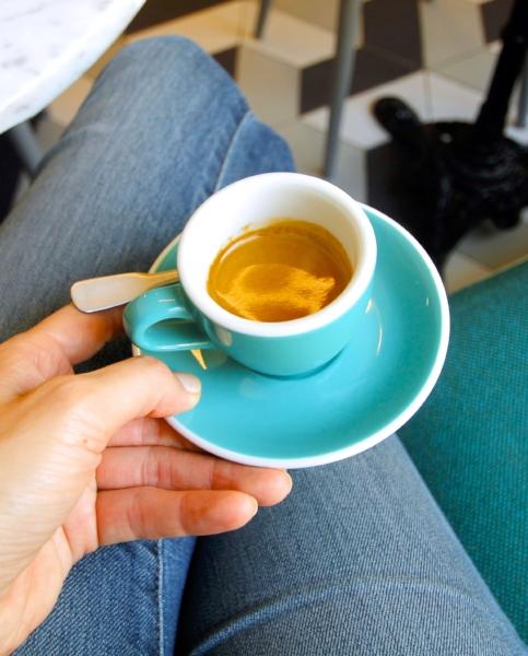 espresso-cafe-de-specialite-coffee-shop-paris-baristas-et-associes-reconversion-conseil-education