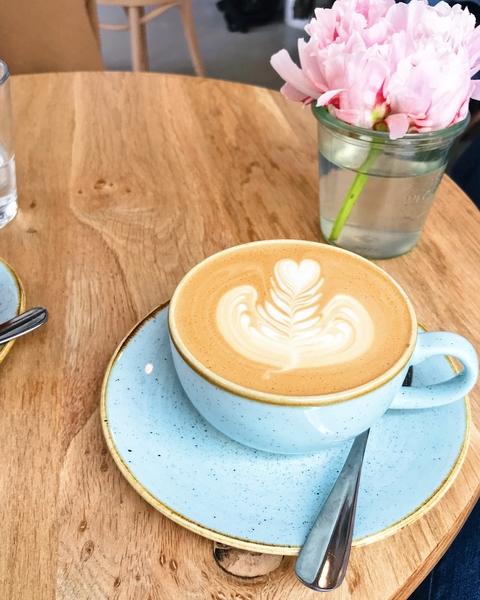 baristas-associes-coffee-shop-paris-cafe-de-specialite-specialty-barista-professionnel.jpg