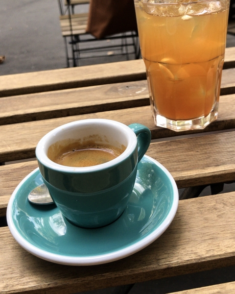 kb-coffee-roasters-coffee-shop-paris-gastronomie-espresso-cafe-de-specialite-specialty-france-barista-guide-baristas-et-associes-iced-tea.jpg