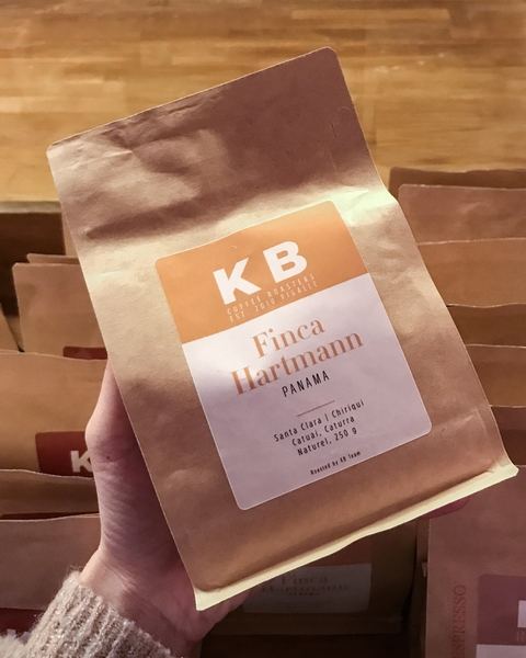 kb-coffeeroasters-torrefacteurs-coffee-shop-paris-gastronomie-espresso-cafe-de-specialite-specialty-france-barista-guide-baristas-et-associes-filtre-filter-batch-brew-v60-panama-grains-torrefies-roasted-beans.jpg