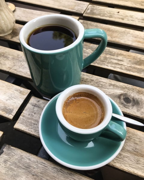 kb-coffeeroasters-torrefacteurs-coffee-shop-paris-gastronomie-espresso-cafe-de-specialite-specialty-france-barista-guide-baristas-et-associes-filtre-filter-batch-brew-v60.jpg
