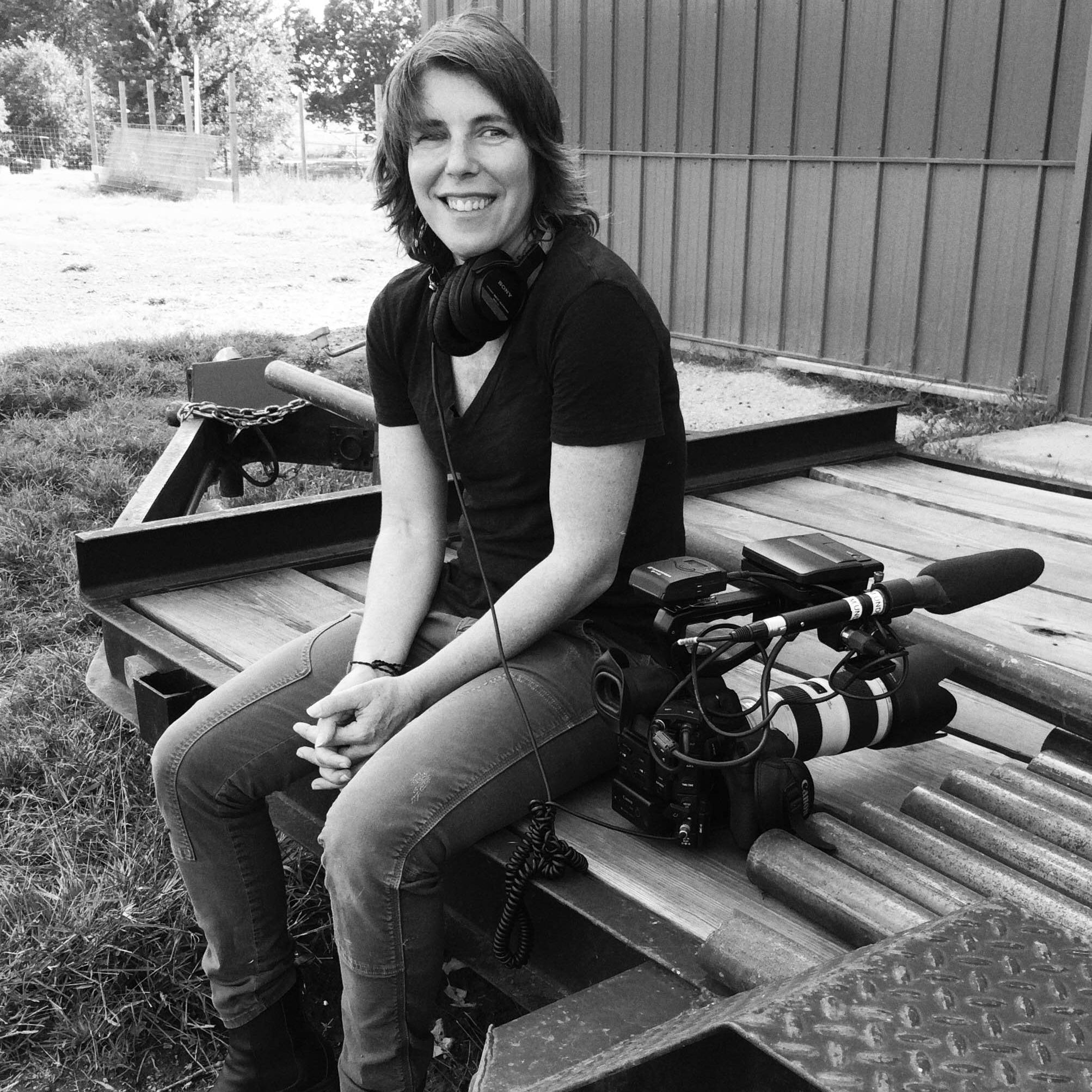 ELAINE EPSTEIN   DIRECTOR / CINEMATOGRAPHER