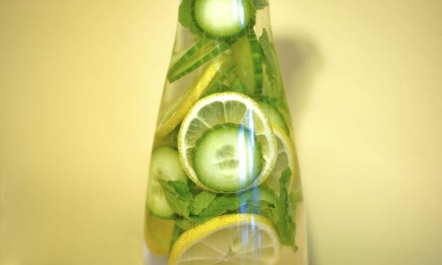 cucumberlemonmintwater1.jpg