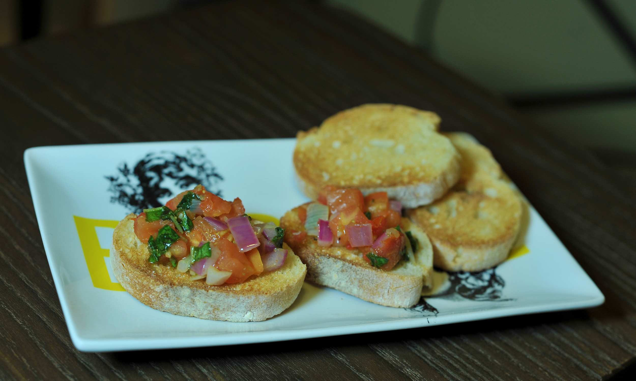 chicago-food-blog-bruschetta-3.jpg
