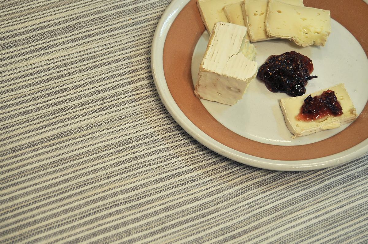 chicago-food-blog-smak-brie-with-earl-grey-fig-jam-1.jpg