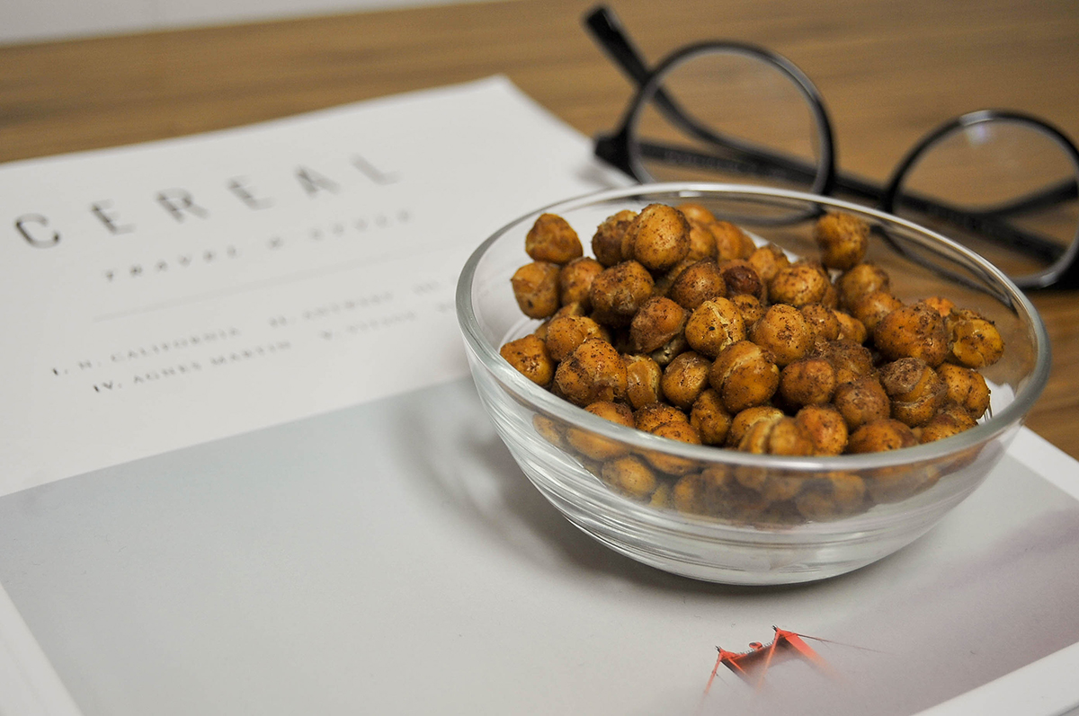 Smak-Chicago-Food-Blog-Roasted-Chickpeas-4.jpg