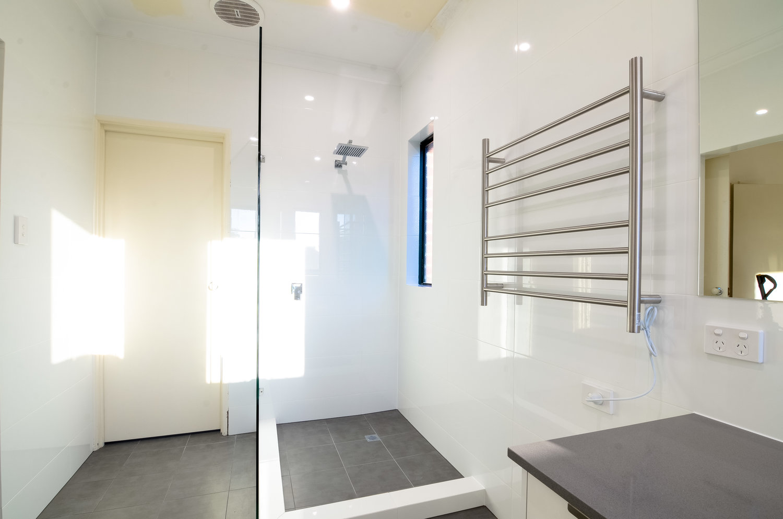 Bathroom+-+Ardross+2.jpg