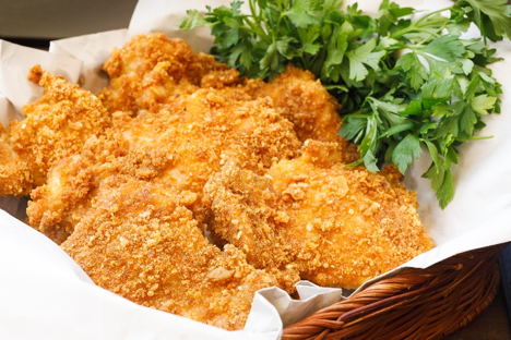 Now we have something special with this flourless fried chicken.
