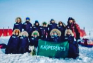 North Pole claimed!! They did it. Sorry for the horrible photo quality. Terrible transmission issues for us. But they ate there and @e_kaspersky was there to meet and celebrate with them.  Mariam also flew out to the pole and the team were reunited to claim their polar prize. What an emotional and rewarding celebration of Earth Day 2018  #earthday #northpole2018