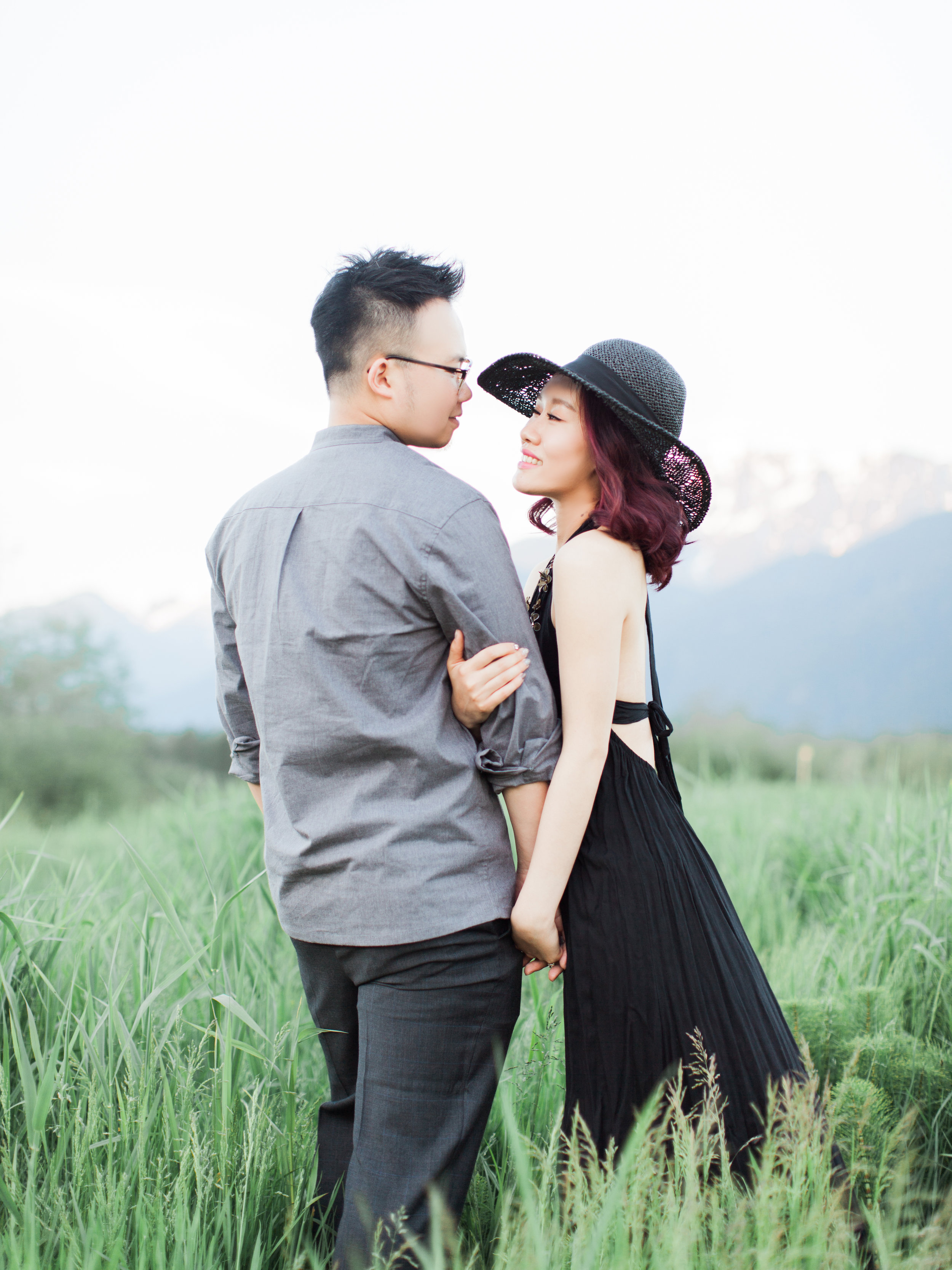 20170528Maple_Ridge_Engagement_Mary_Marco_Prewedding-43 copy.jpg