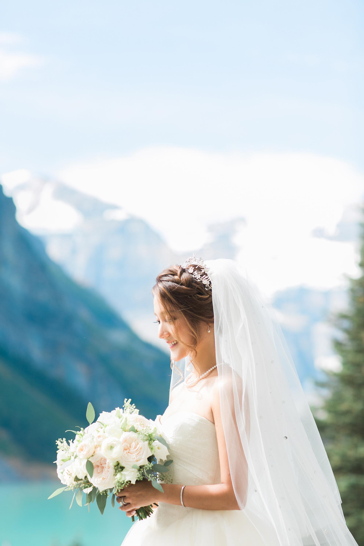 Lake_Louise_Wedding_MitchellLouisa-324.jpg