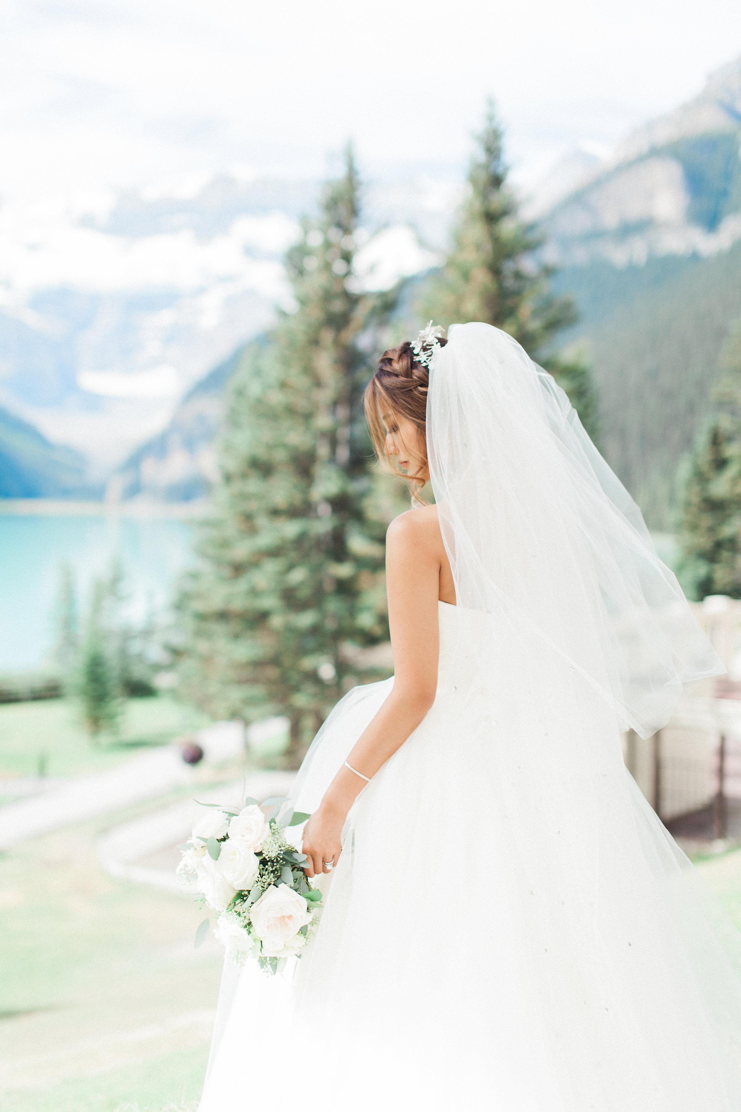 Lake_Louise_Wedding_MitchellLouisa-364.jpg