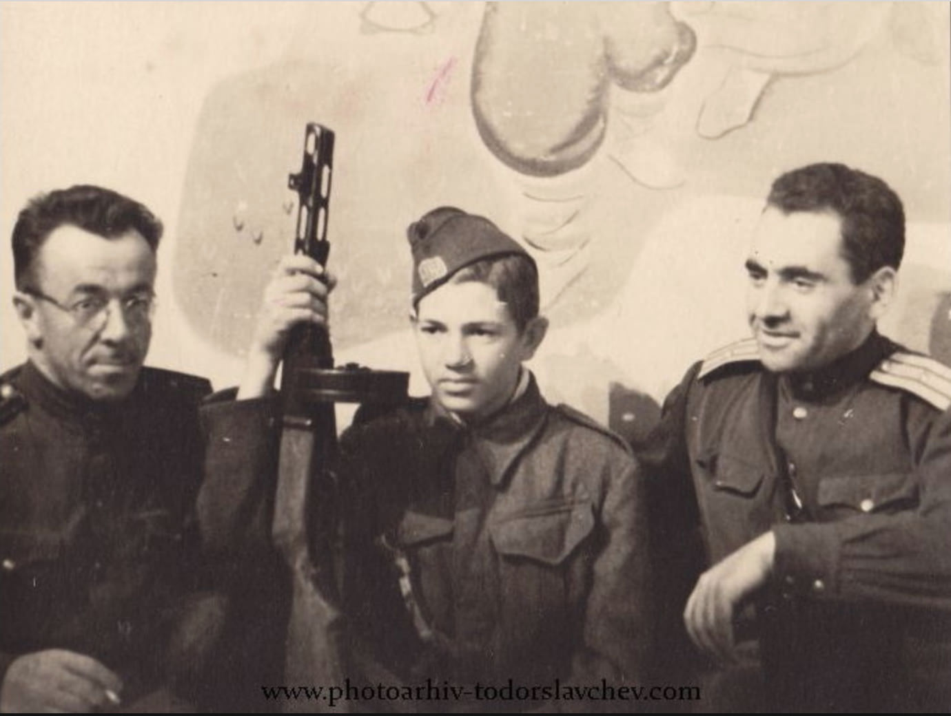 Georgi Stoilov, centre, pictured with partisan officers in 1944.
