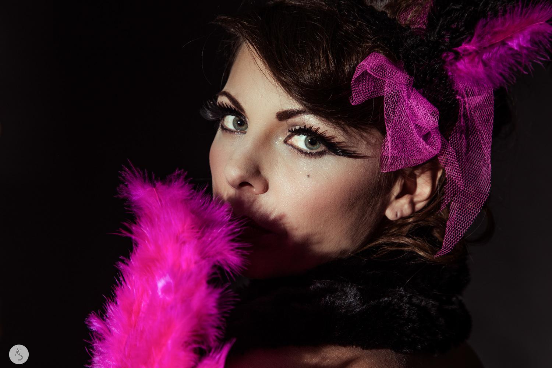 Maquilleuse+Beauté+Burlesque++Grenoble-2.jpg