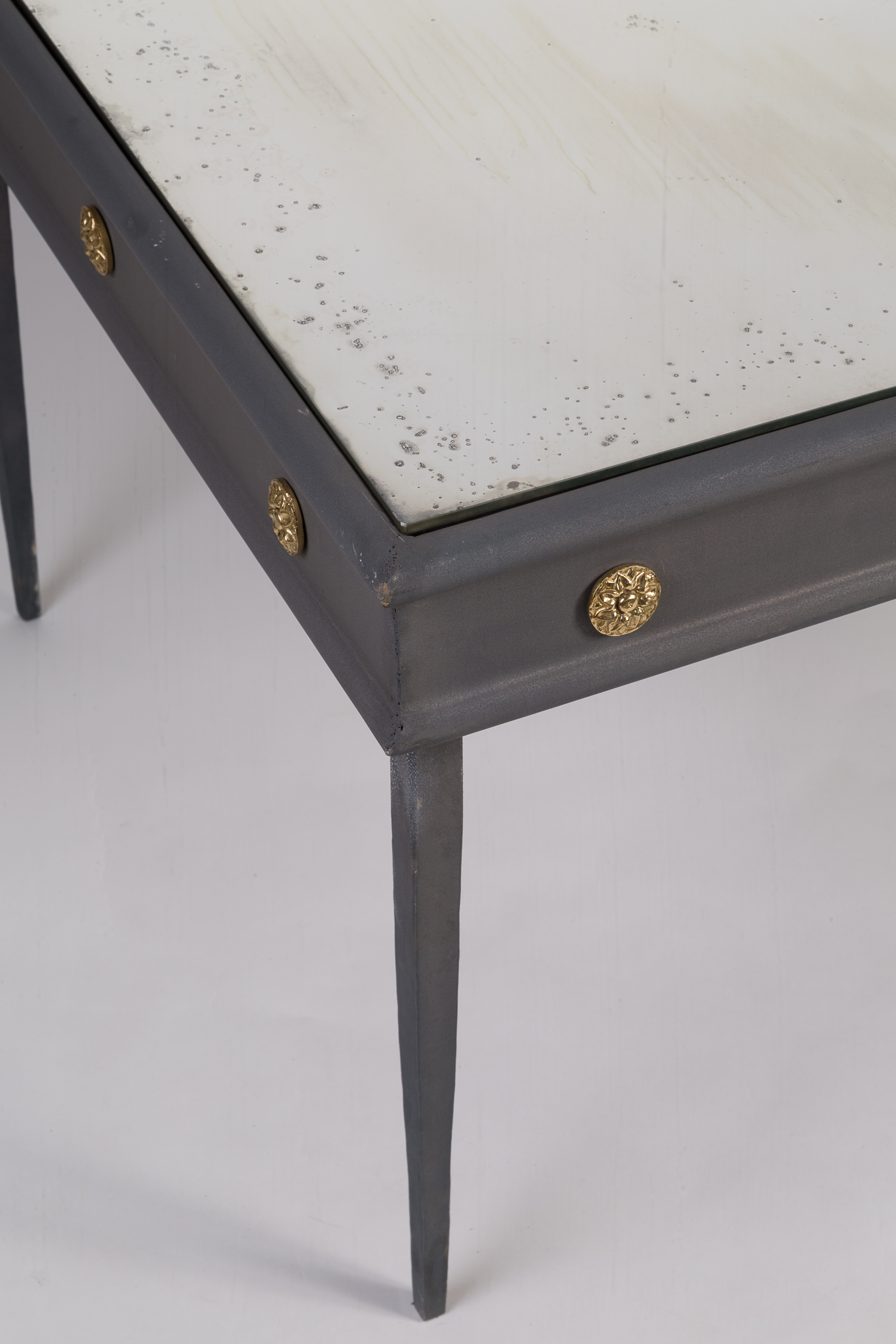 Lafayette coffee table detail