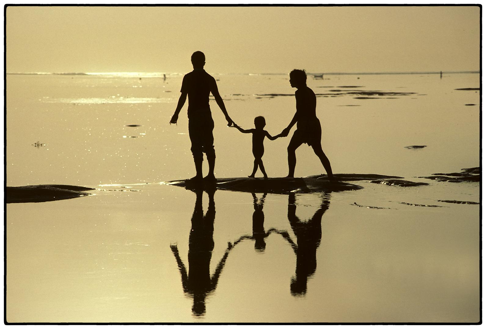 Family, Bali