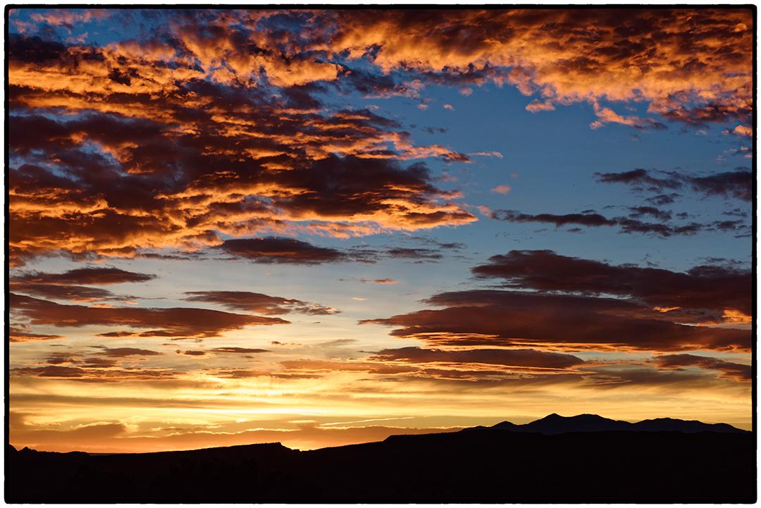 Sunrise, Broken Spur Inn, Torrey, Utah