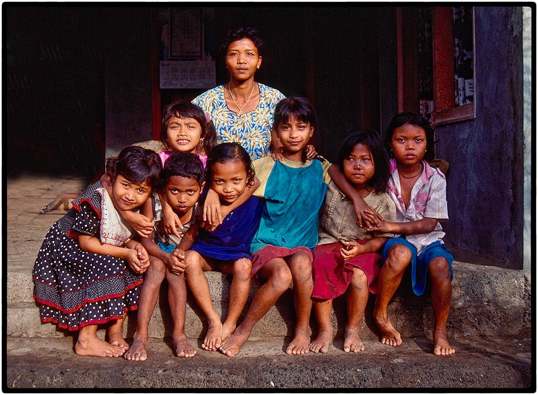 Woman and Children, Bali