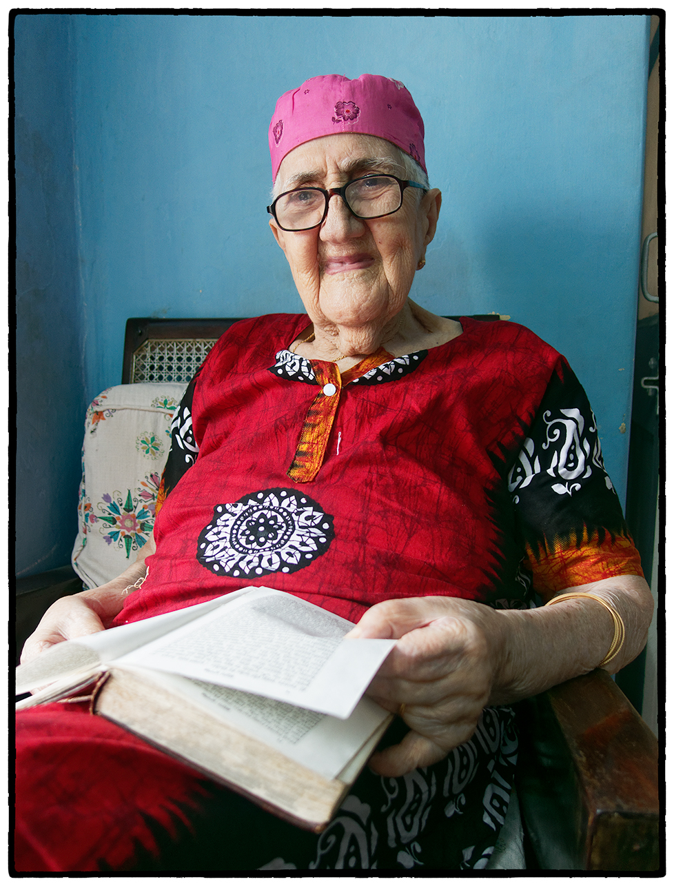 "Oldest Jewish Woman in ""Jewtown"", Cochin"