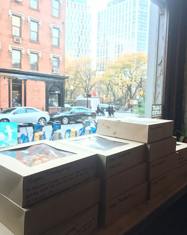 This is how we do it, it's PIE DAY PICK UP: DAY ONE. Going swell!!#givingthanks #charliepies