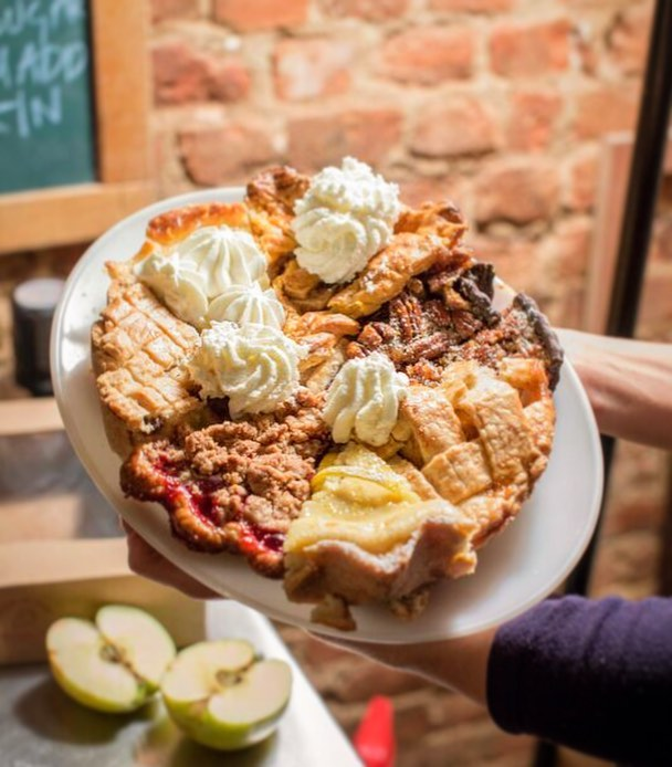 """If you you liked it, then you shoulda put some cream on it"" 🐝 This miraculous moment captured by @mike_coalburner 📷 #charliepies #LemonChessWhiskeyWhip #GateauBasque #RicottaPie #BlackBottomPecanPie #CranAppleCrumble #BrandiedApplePie #AppleCheddarCrustedPie PIE 🥧😋"