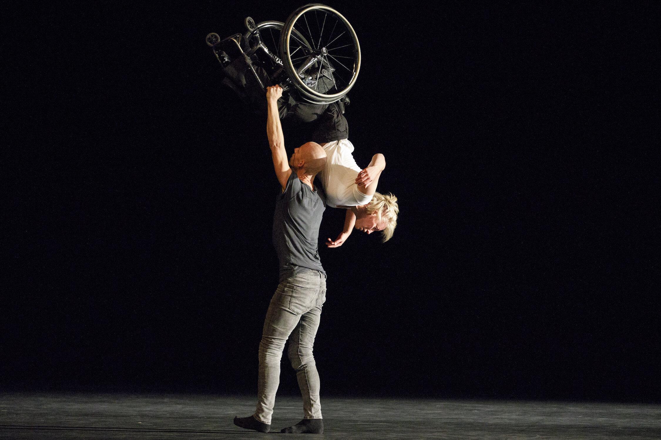 Skånes Dansteater - Photo by Bruce Zinger