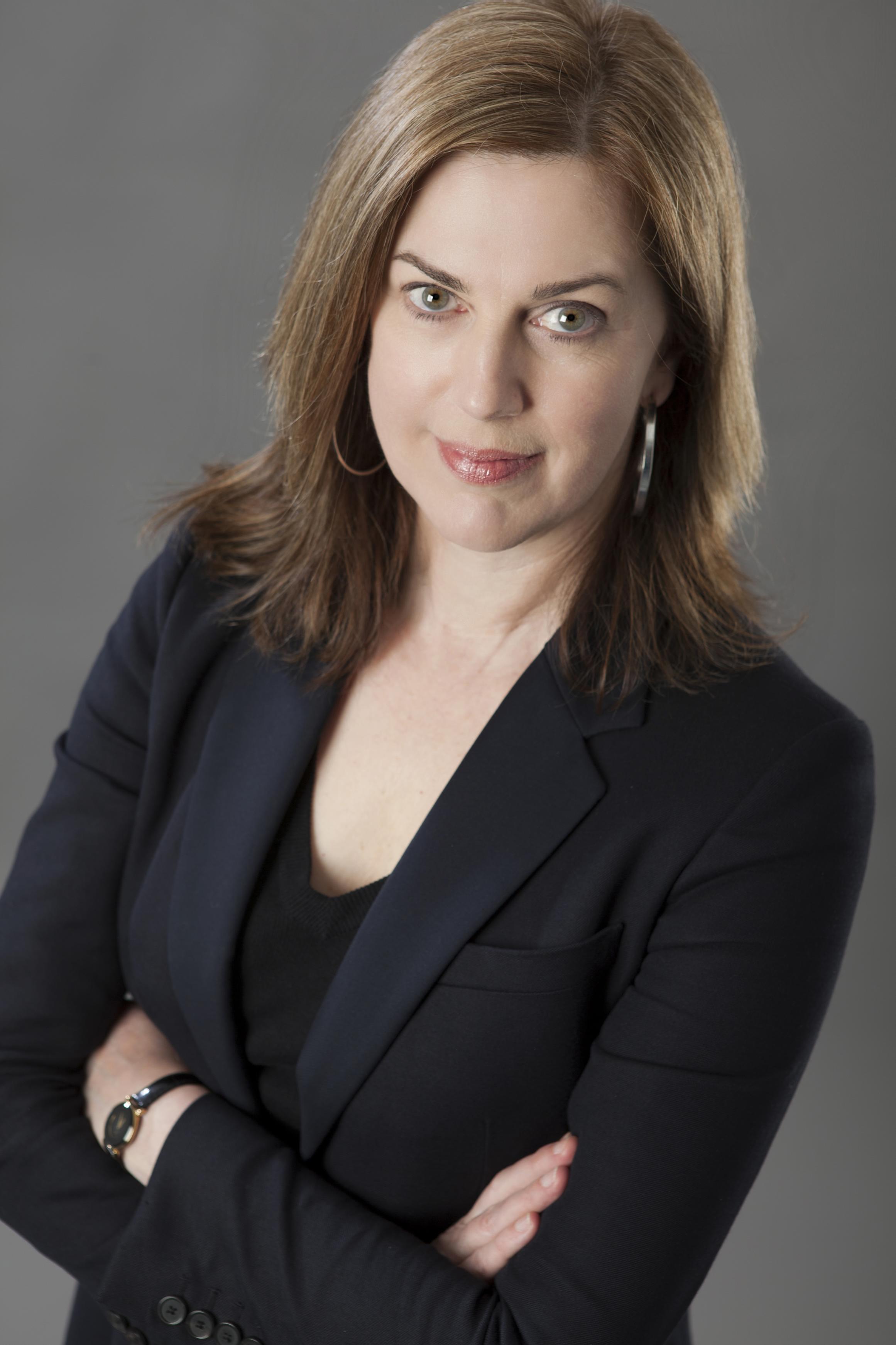 Meg Gardiner.jpg