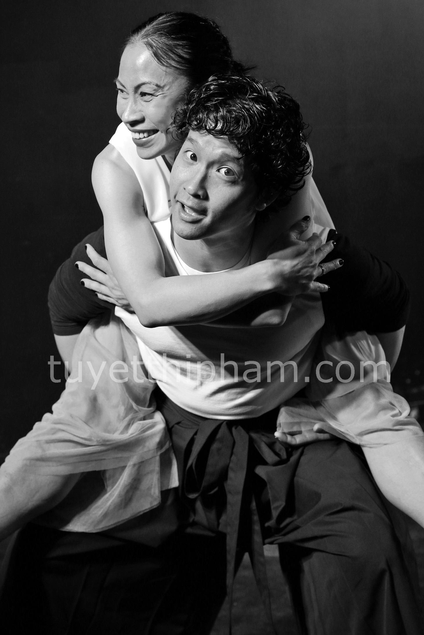 Photo Shoot fun-Jacob and Tuyet.jpg