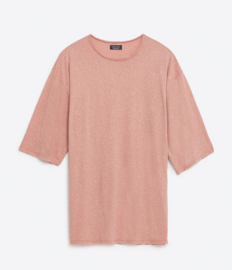 Zara This over sized salmon pink t-shirt appears either more nude, or more pink in different lighting.   Click here  for this shirt.