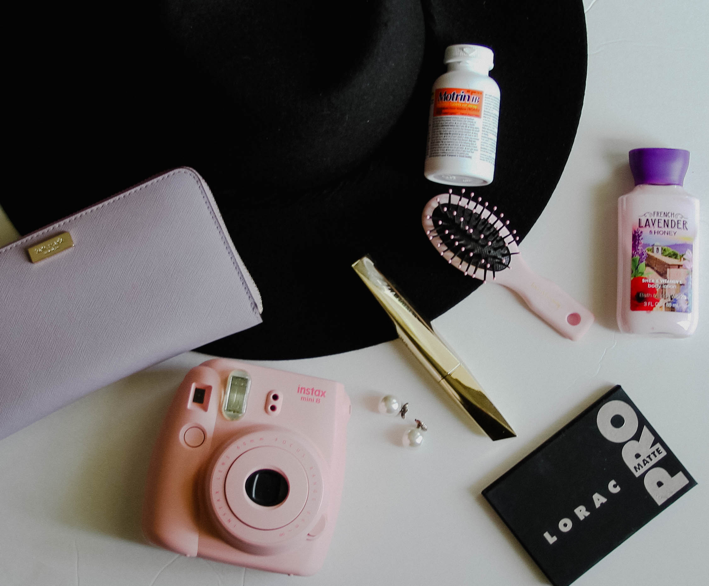Some must have the things I put in my carry-on and purse when I go on a trip!