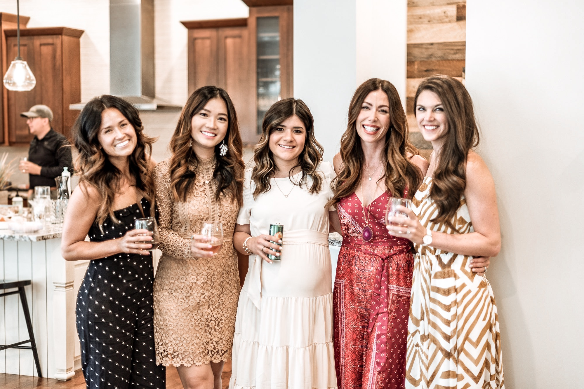 With my girls Desire, Lily, Carolina and Katie Ann (@desirefalk, @withlovelilyrose, @chictalkch, @thehollytree_)