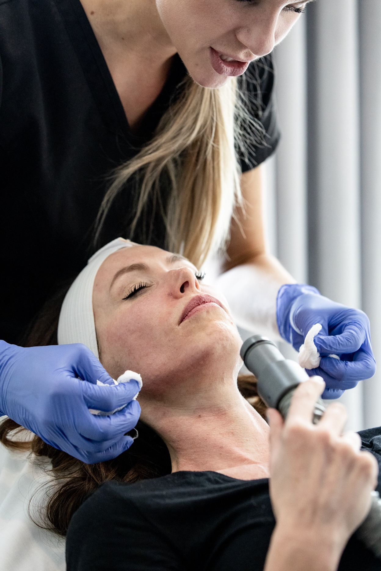 After finishing with both the Laser Genesis and IPL, she cleaned off my face and let me keep blowing air on my face and chest until the heat subsided and my skin felt more comfortable.