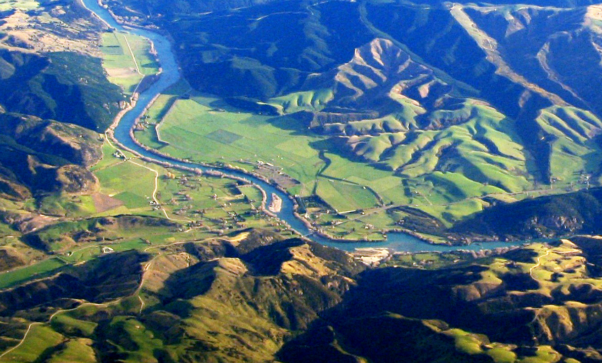 Beaumont,_New_Zealand_aerial_photo_2006.jpg