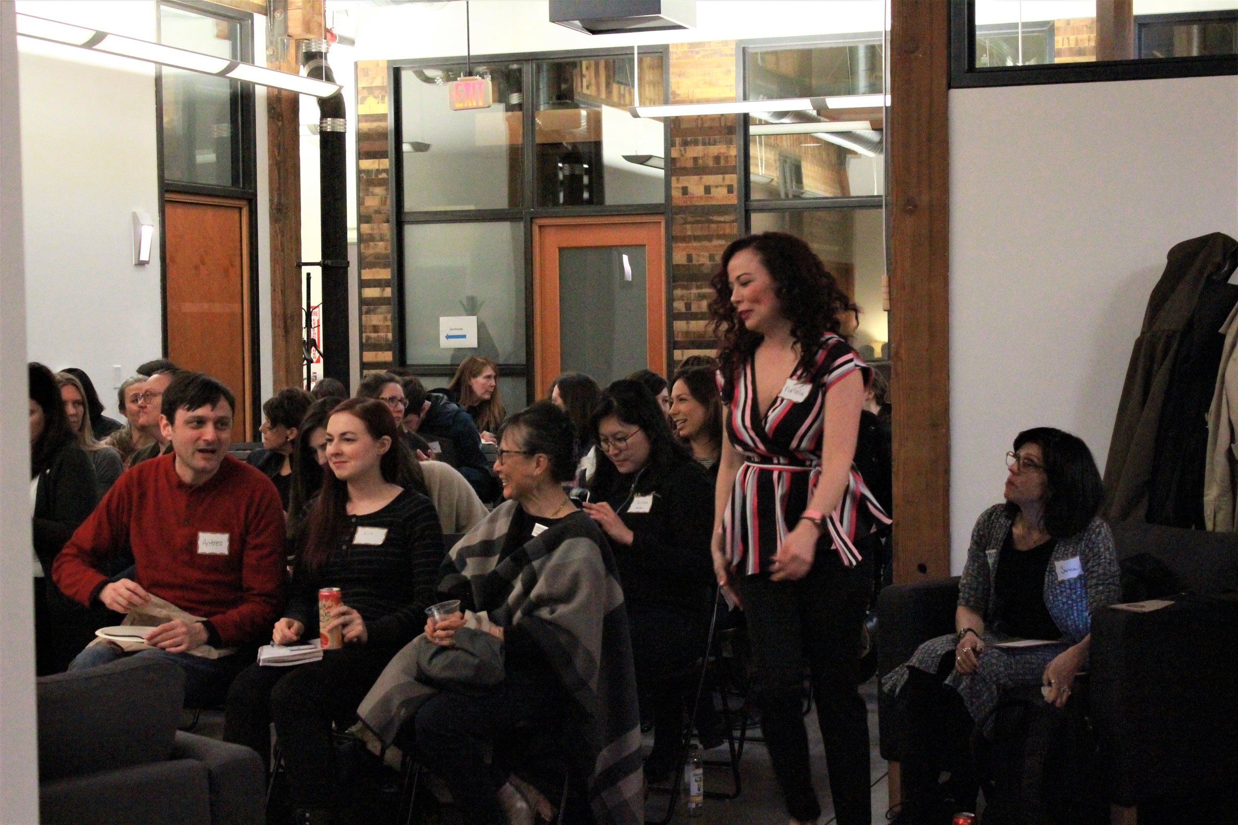PDXWIT Creative Women in Tech @ R2C, 3/27/19, Attendees mingle