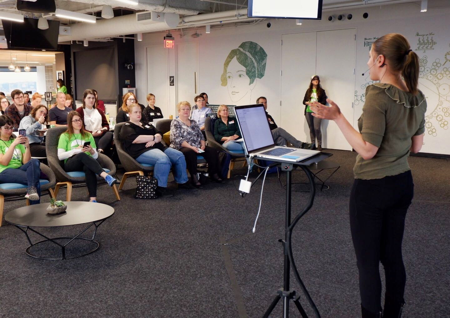 PDXWIT How to Navigate The Tech Field @ New Relic, 4/23/19 - Polina Vorozheykina, a software engineer at New Relic, presents