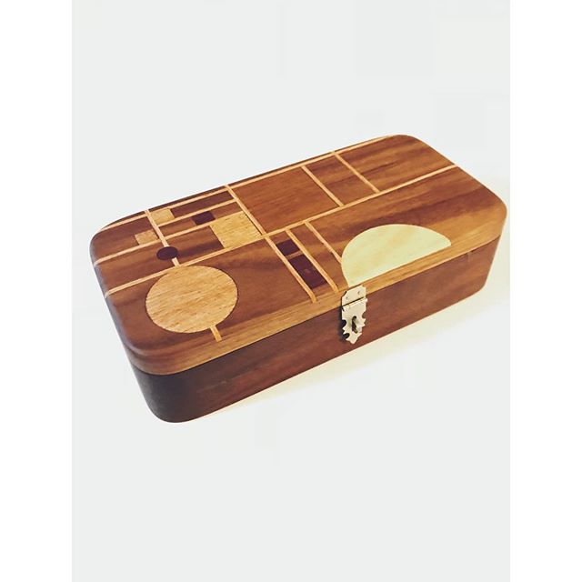 It might be too early for Christmas music but it's NEVER too early for Christmas shopping. This custom made box, designed in Frank Lloyd Wright's prairie style, makes for a perfect gift! The box itself was carved from a solid piece of walnut with inlays made of hickory, Purple Heart, oak, and teak. A box like this is a beautiful gift that becomes a family heirloom. Message me for gift requests! #schaverwoodshop #franklloydwright #chicago #woodwork #customwoodwork #carpentry