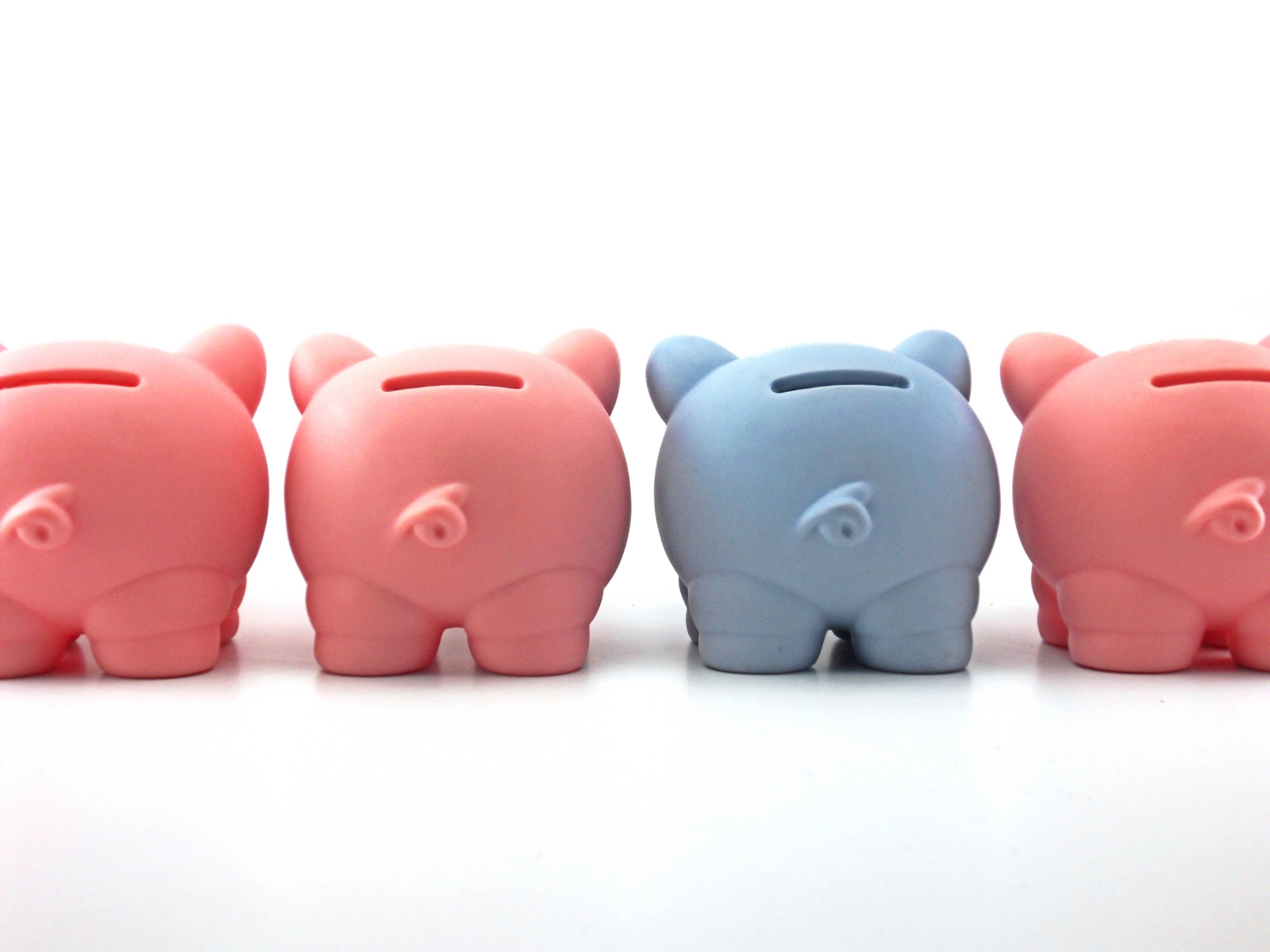 stockvault-piggy-bank117574.jpg