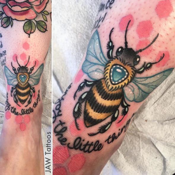 jewelbee.jpg
