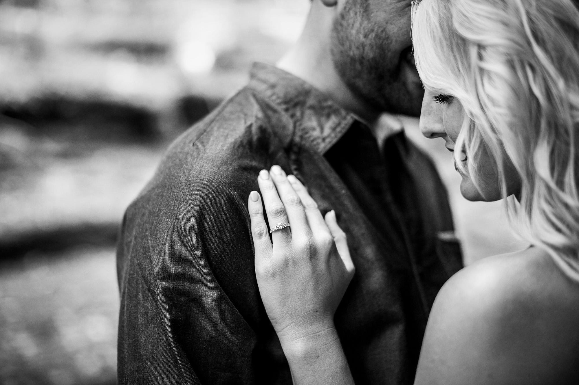 Seriously_Sabrina_Photography_Lexington_Kentucky_Creek_Engagement_AB042.jpg