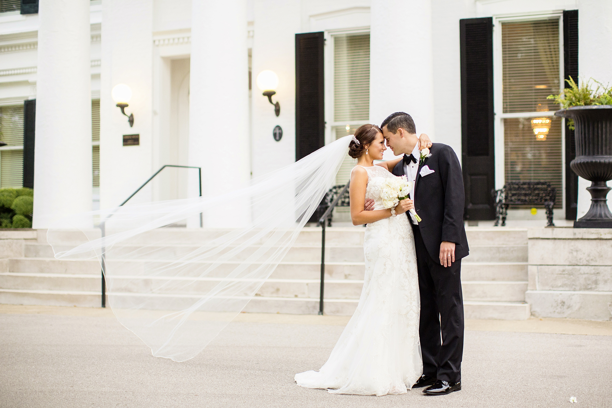 Seriously_Sabrina_Photography_Carrick_House_Lexington_Kentucky_Wedding_Solomon429.jpg