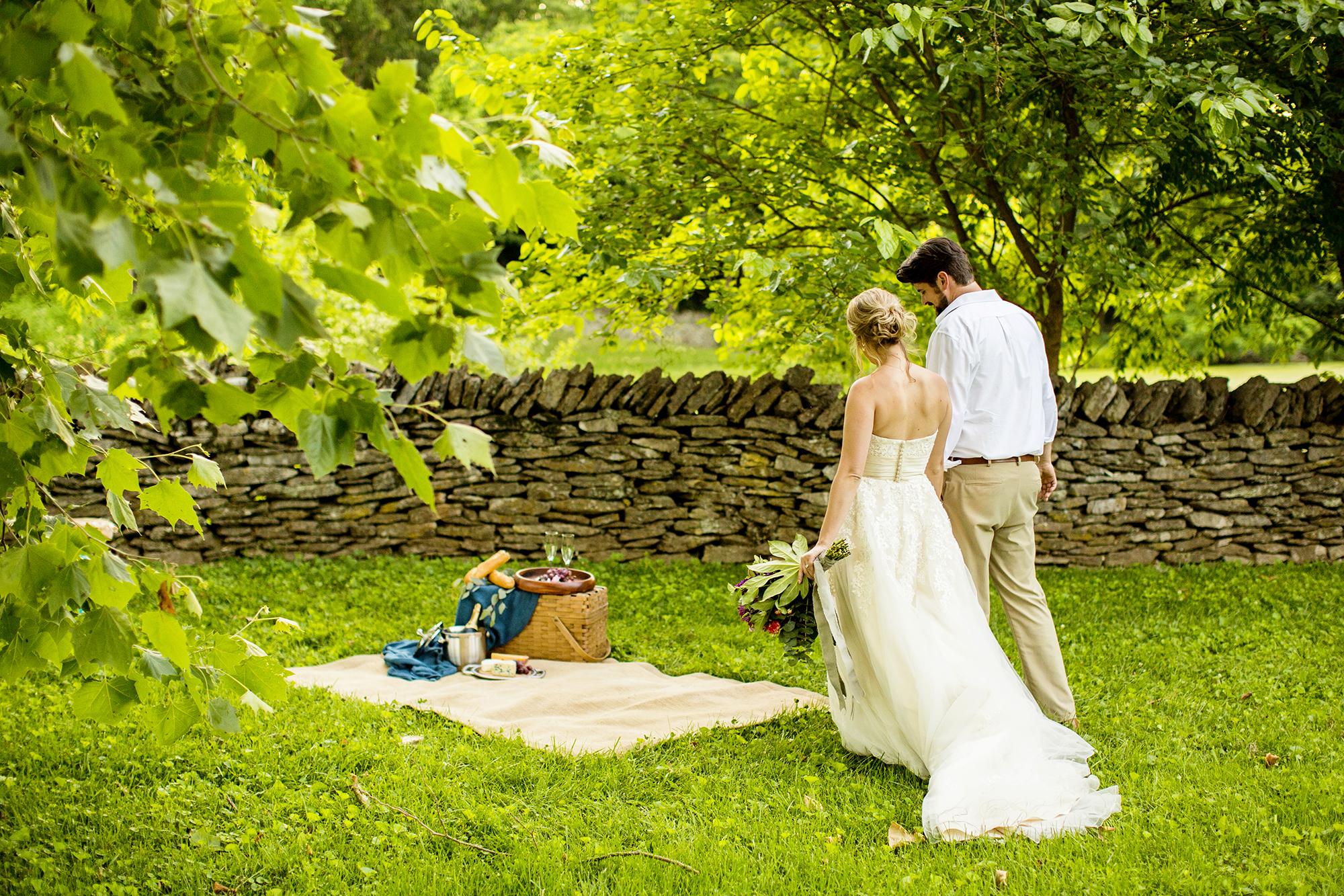 Seriously_Sabrina_Photography_Lexington_Kentucky_Romantic_Shakertown_Wedding_Portraits_Mazzetti21.jpg
