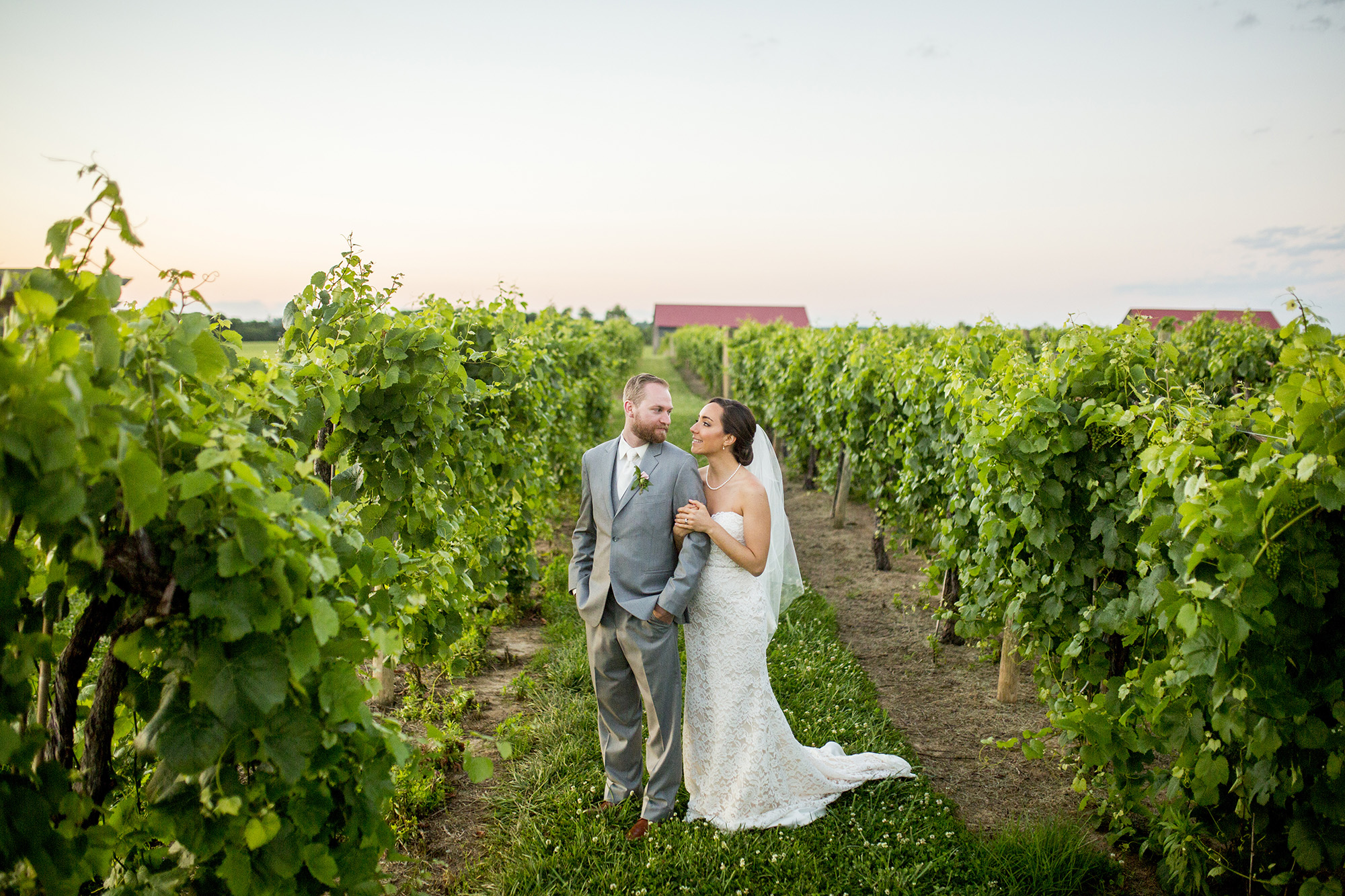 Seriously_Sabrina_Photography_Lexington_Kentucky_Talon_Winery_Wedding_Kjellsen168.jpg