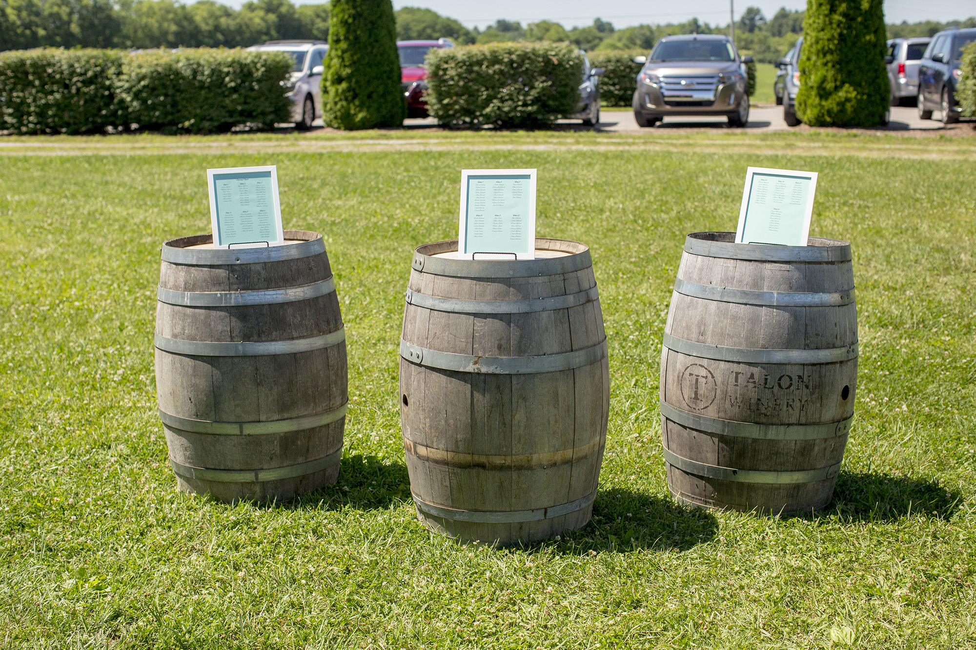 Seriously_Sabrina_Photography_Lexington_Kentucky_Talon_Winery_Wedding_Kjellsen80.jpg
