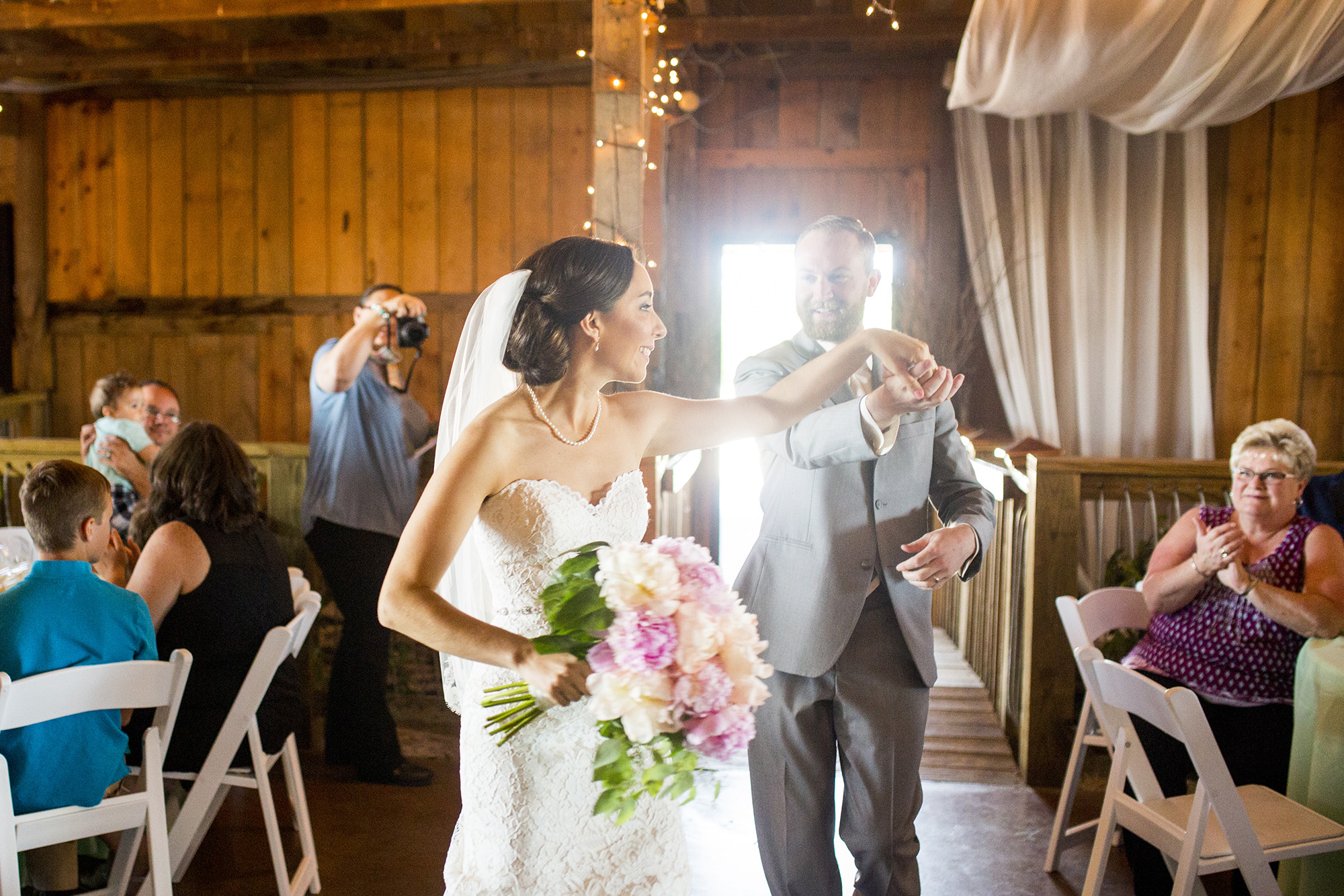 Seriously_Sabrina_Photography_Lexington_Kentucky_Talon_Winery_Wedding_Kjellsen86.jpg