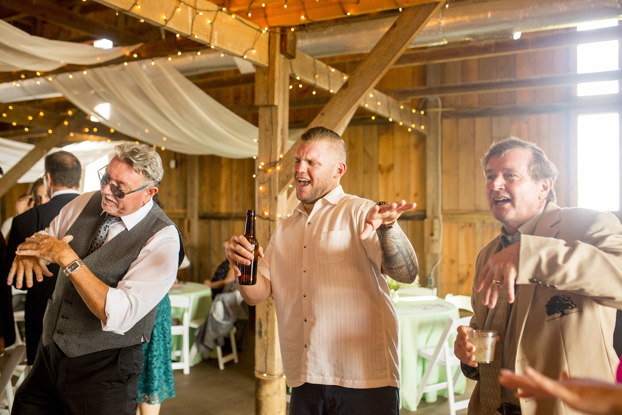 Seriously_Sabrina_Photography_Lexington_Kentucky_Talon_Winery_Wedding_Kjellsen145.jpg