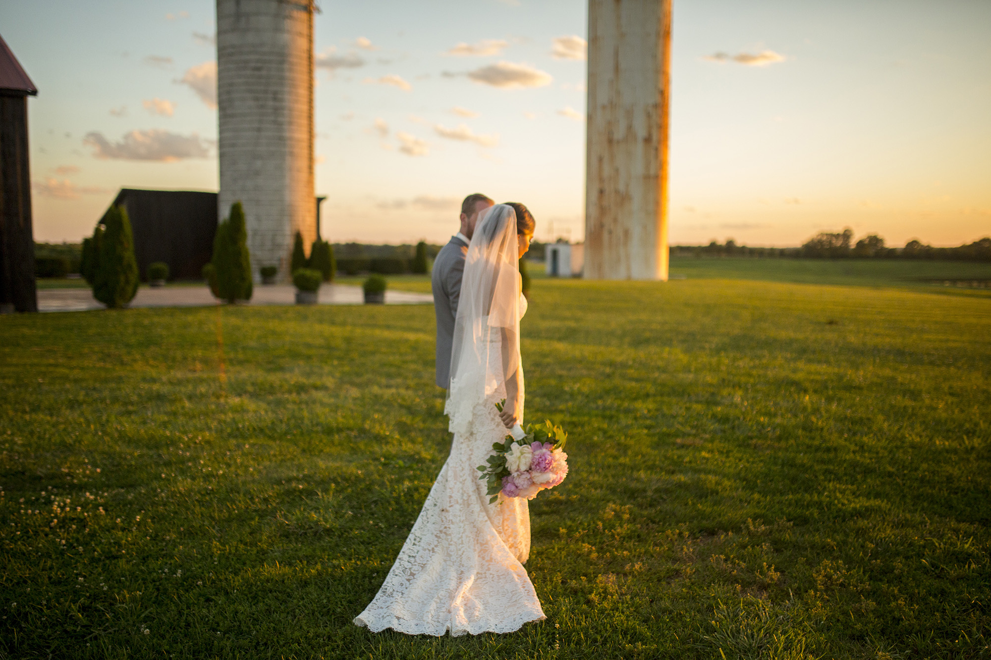 Seriously_Sabrina_Photography_Lexington_Kentucky_Talon_Winery_Wedding_Kjellsen159.jpg