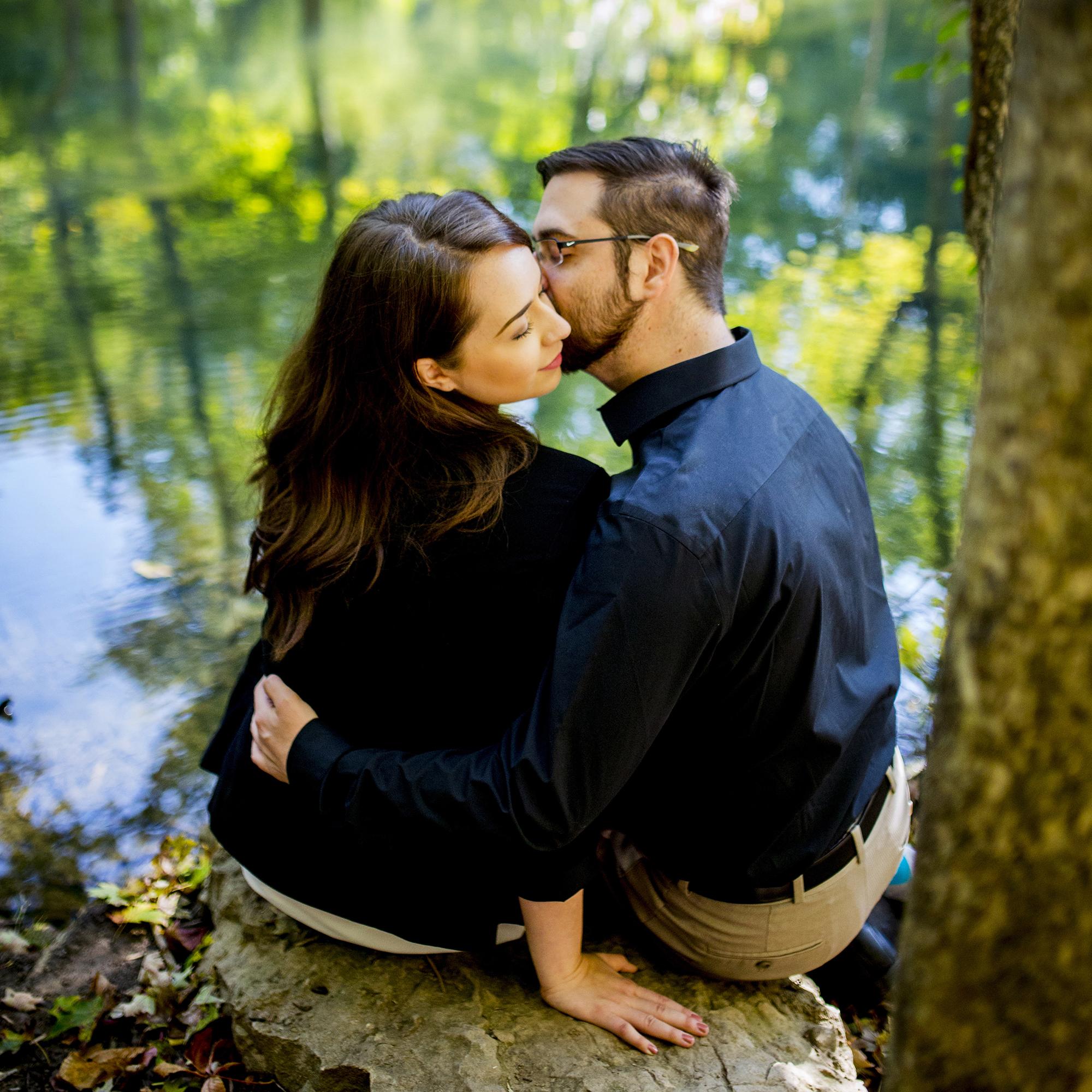 Seriously_Sabrina_Photography_Louisville_Kentucky_Engagement_Falls_of_Ohio_Seneca_Park_KarlMarlie43.jpg
